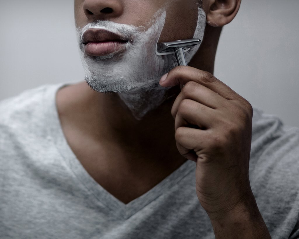 This image has an empty alt attribute; its file name is 3%E2%80%93shaving-1024x819.jpg